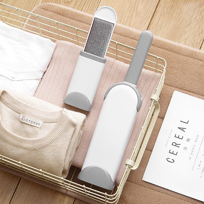 Double-sided Hair Remover Cleaning Brush Clothing Electrostatic Dusting Brush Autumn and Winter Home Essential