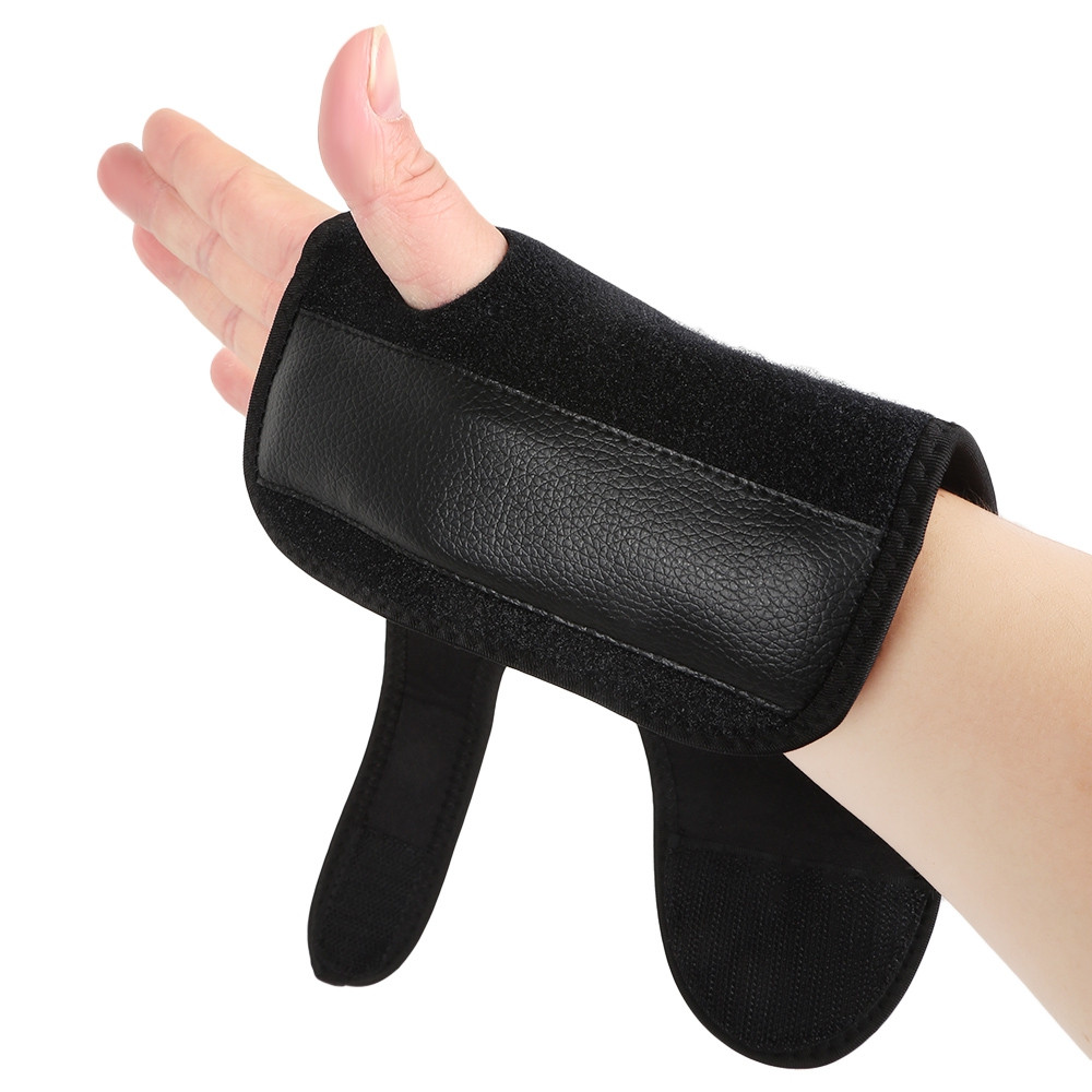 Single Adjustable Sports Carpal Tunnel Wrist Bracer for Right Hand