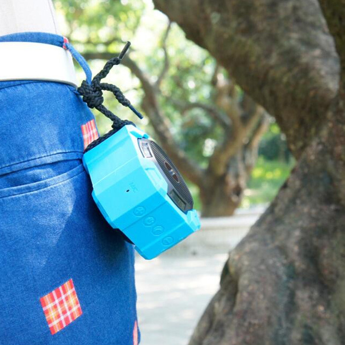 Bopmen Fashionable Outdoor Waterproof Anti-fall Bluetooth Speaker