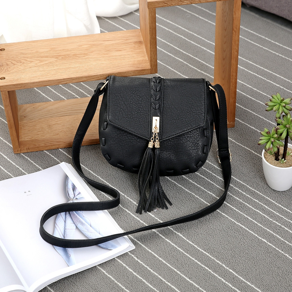 Solid Color Tassels Knitted Saddle Crossbody Bag BLACK 1PC