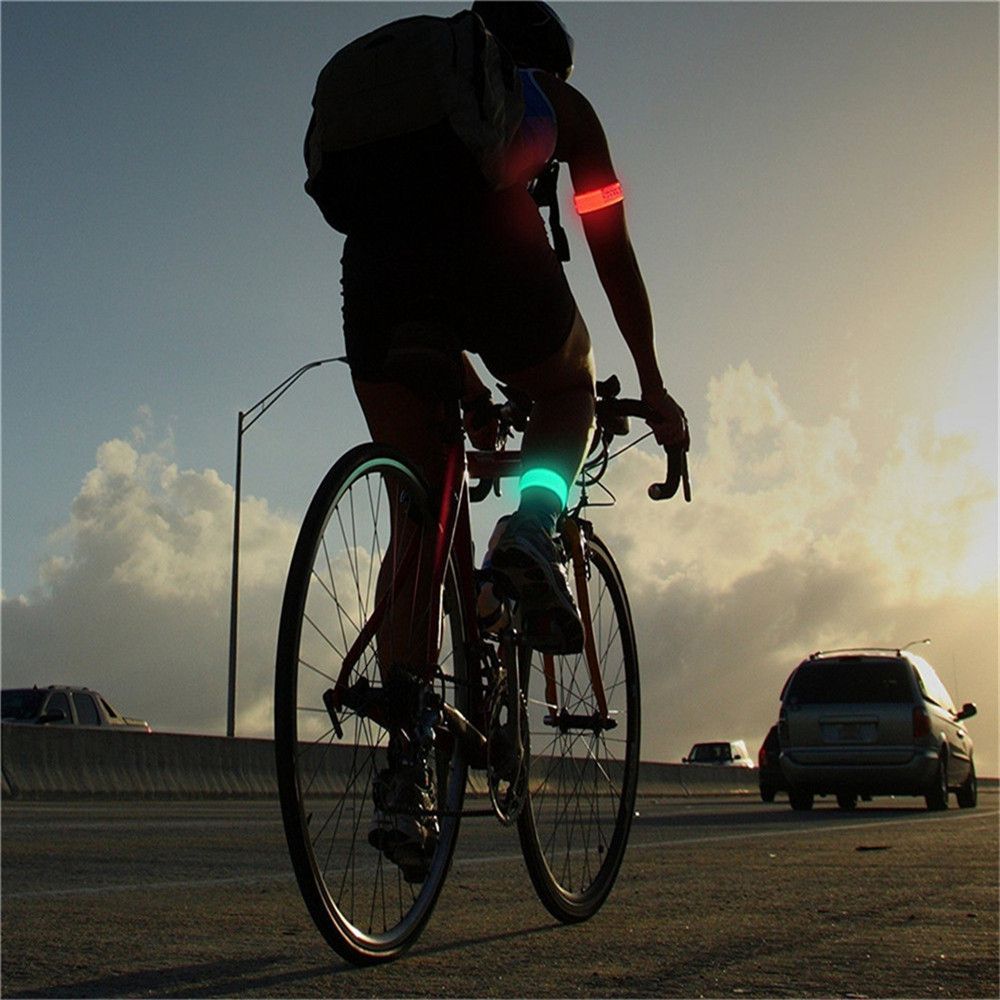 YWXLight LED Sports Armband Running Light Flashing Safety Light for Jogging or Cycling RED