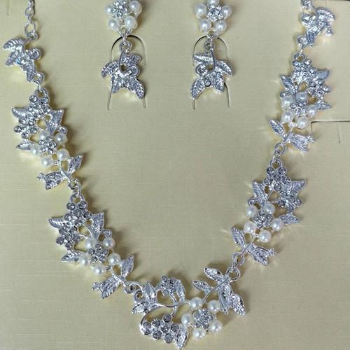 Faux Pearl Flower Wedding Bride Jewelry Set SILVER