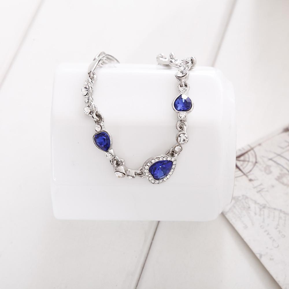 Heart of the heart of the heart-shaped zircon crystal bracelet BLUE