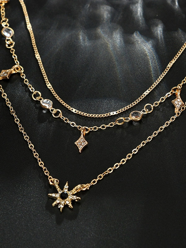 Layered Faux Crystal Star Decor Necklace GOLD