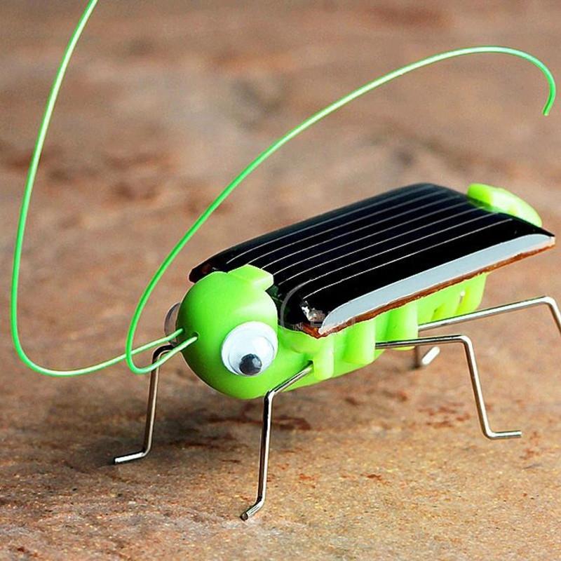 Fun Solar Power PVC Grasshopper Toy Gift