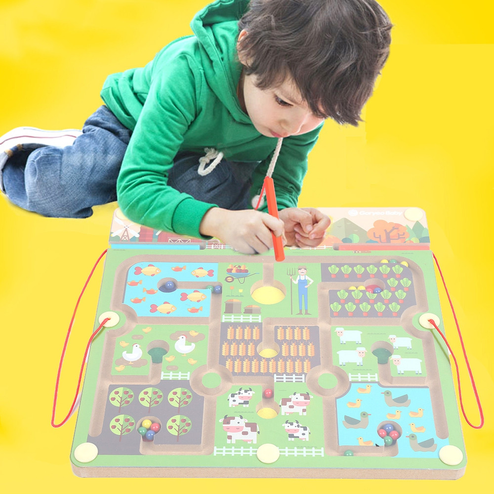 GoryeoBaby Wooden Magnetic Maze Farm Labyrinth Toy